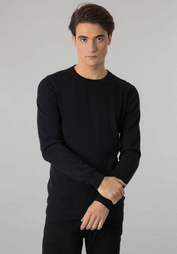 Sweater Boss Negro 1
